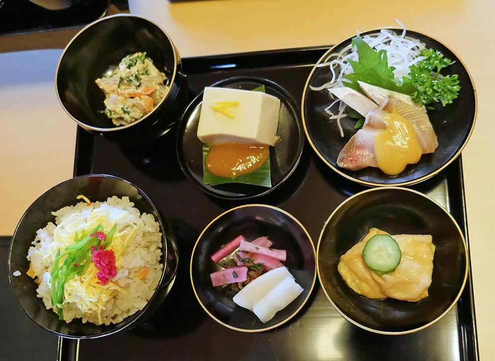 近江・日野の伝統料理のふるさとご膳