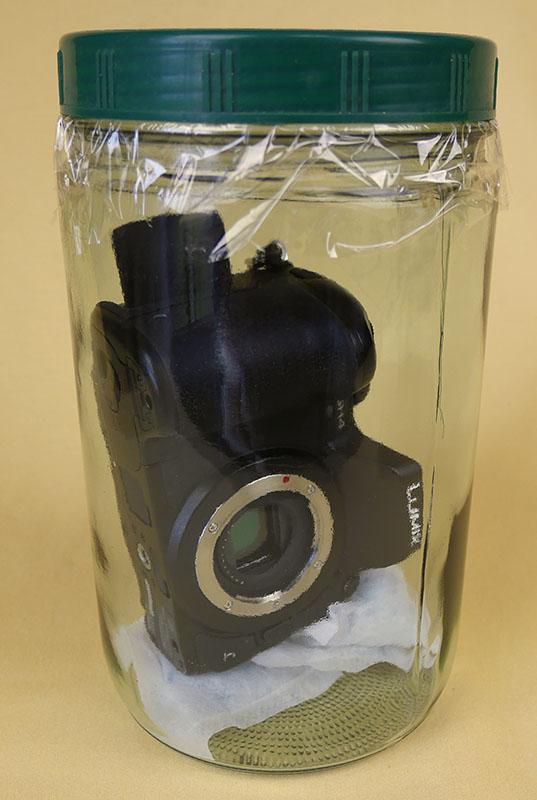 カメラボディの乾燥