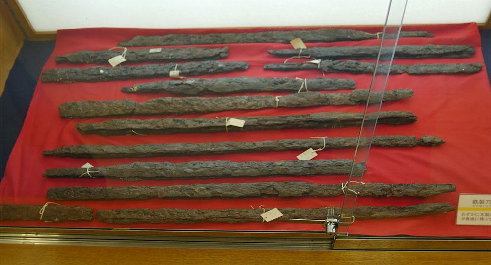 供養塚出土の刀剣