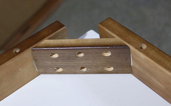 木製テーブルコーナー接合部品