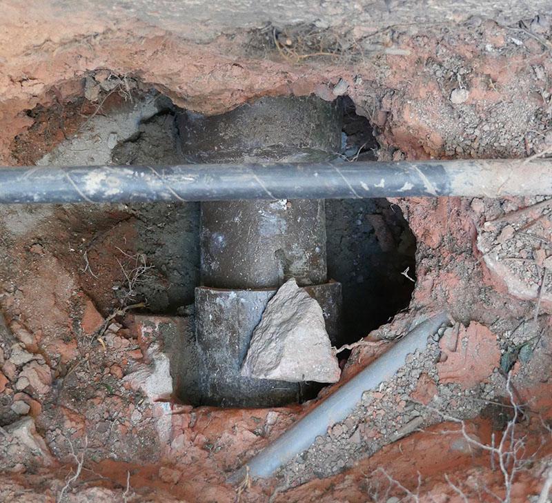 土管を延長し蓋をする