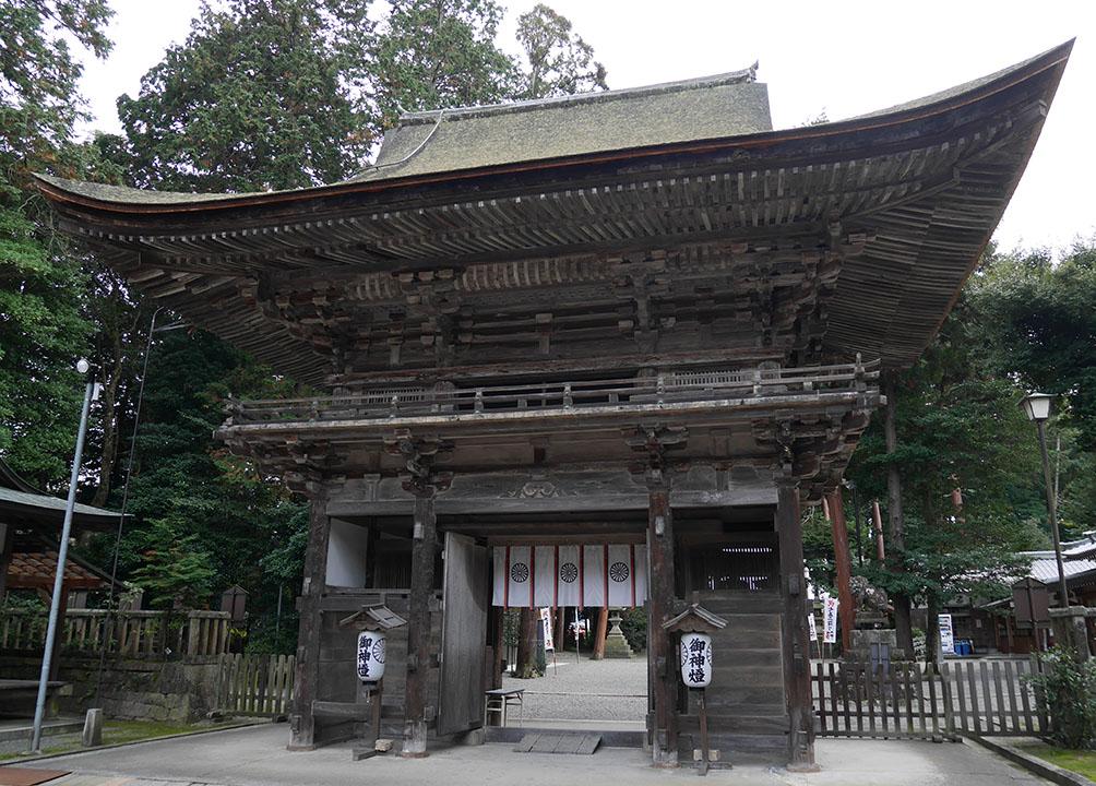 御上神社楼門(背面)