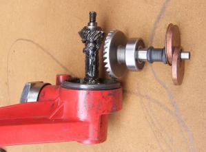 駆動軸と関連部品の組み込み説明3