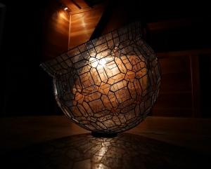 ステンドグラスの壺