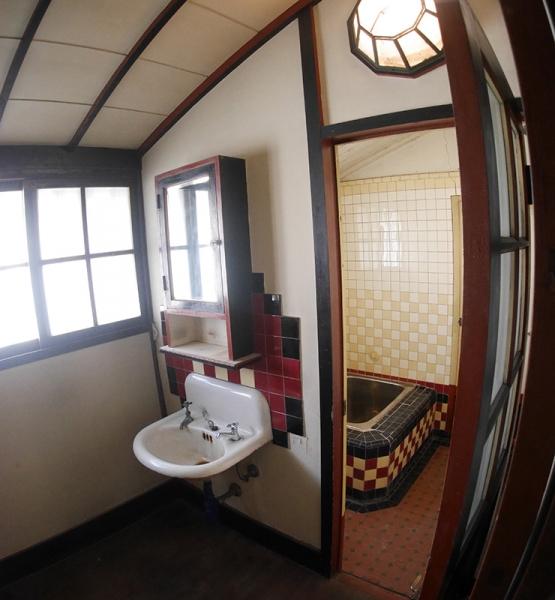 風呂と洗面所2