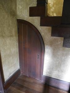 階段下の物置