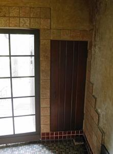 玄関横の履物収納