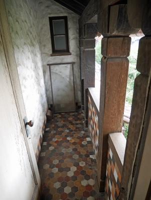 玄関上のベランダ