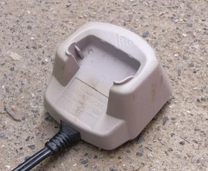 廃棄前の充電器