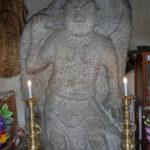 金沢の石造仁王尊を訪ねる